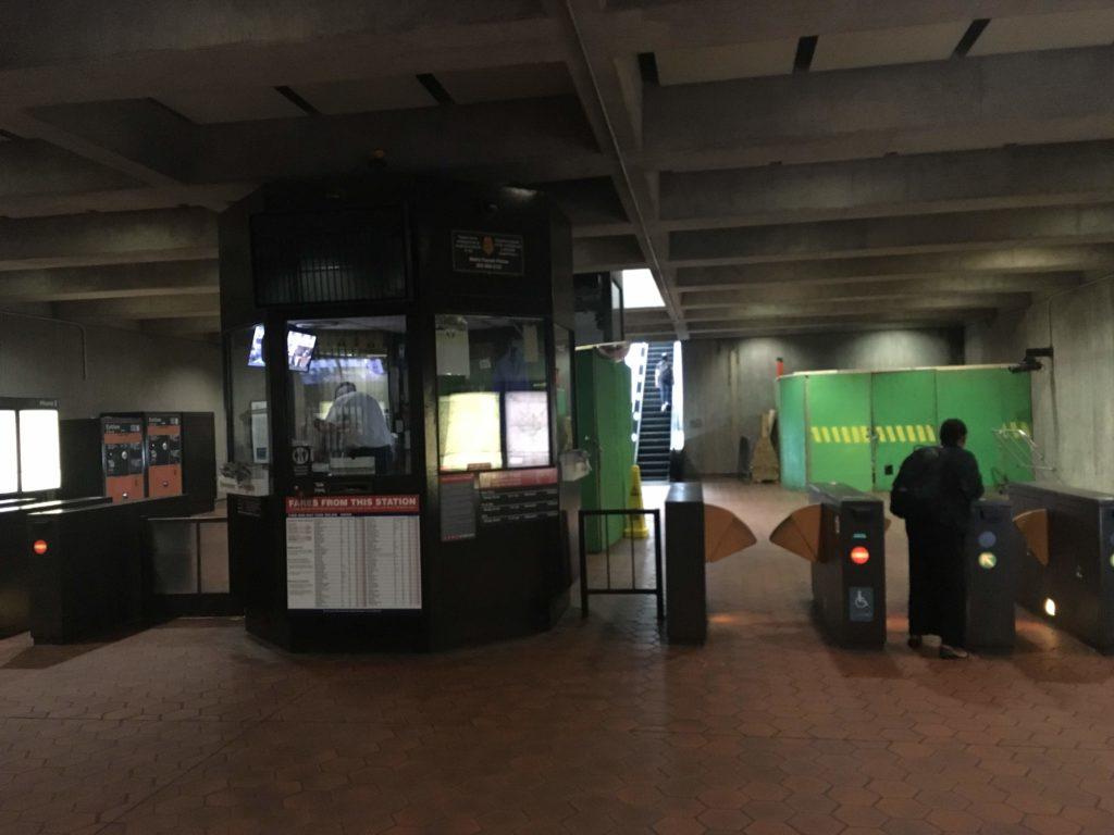 ワシントンDC地下鉄の改札